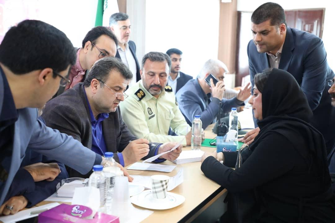 فیلم / دیدار استاندار مازندران با مردم شهرستان سیلزده سیمرغ
