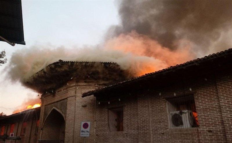 تصاویر / مسجد جامع ساری در آتش سوخت