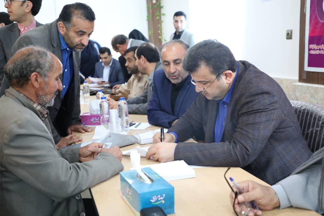 دیدار استاندار مازندران با مردم شهرستان سیلزده سیمرغ