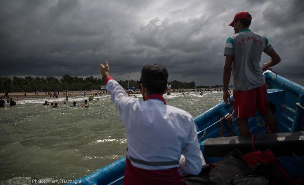 تصاویر / ناجیان غریق در سواحل دریای مازندران