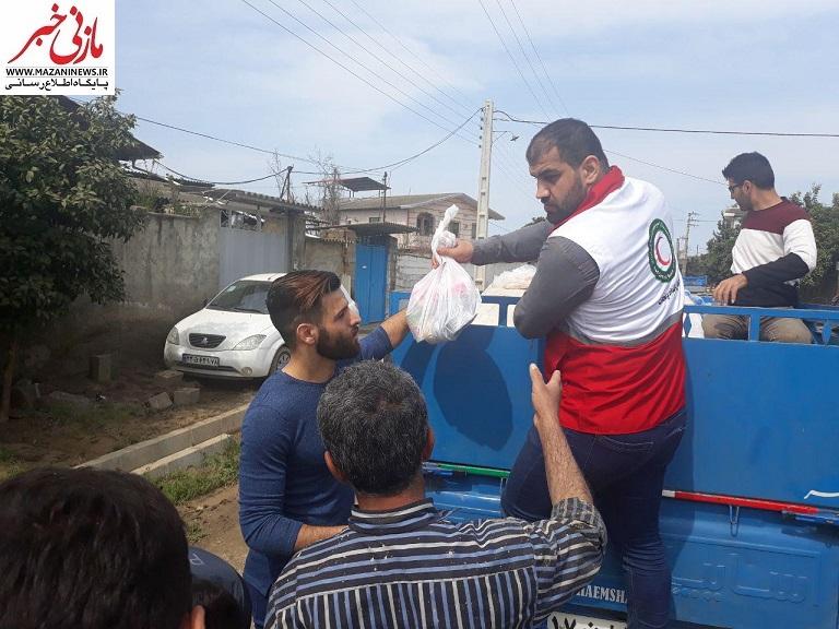 تصاویر / کمکهای ورزشکاران به سیلزدگان مازندران