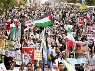 تصاویر / حضور شخصیتها در راهپیمایی ۲۲ بهمن
