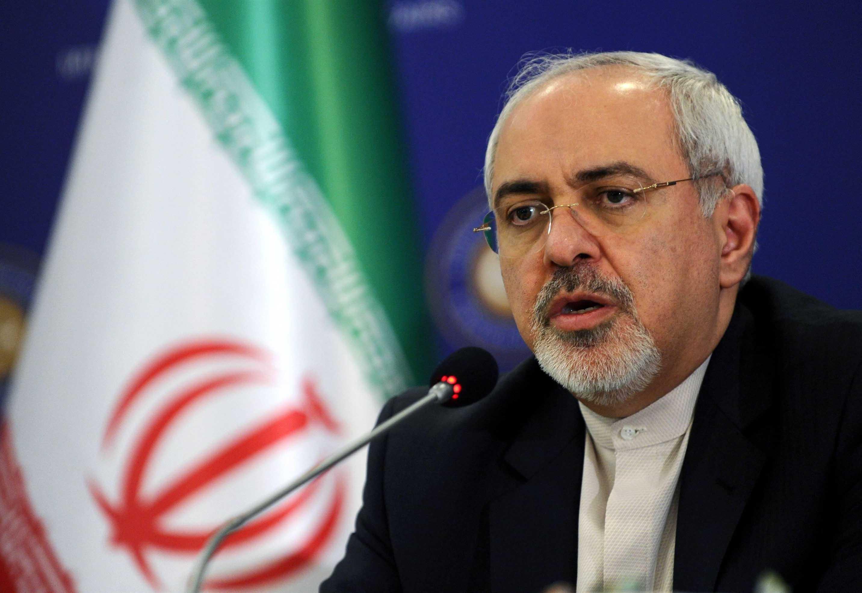 ظریف: لقب «تروریست» برازنده خود ترامپ است / ایران پایان ترامپ را خواهد دید ولی ترامپ هرگز پایان ایران را نخواهد دید