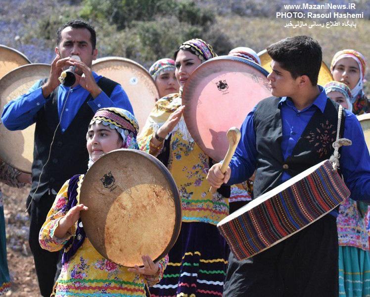 تصاویر / سری اول گزارش تصویری جشنواره بومی محلی لیند