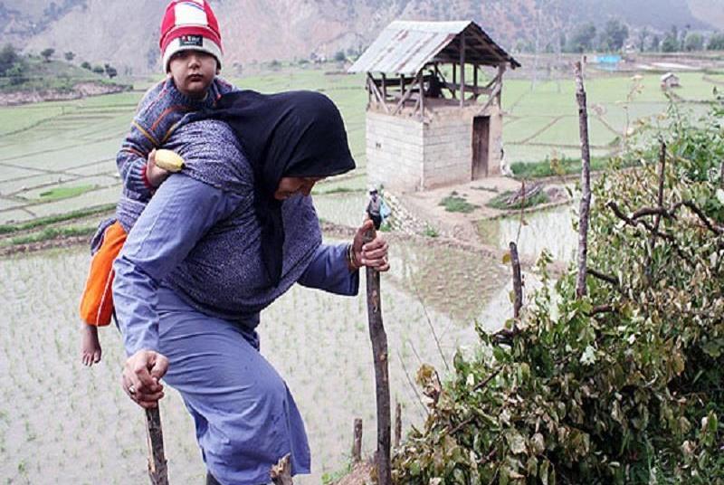زنان سرپرست خانوار مازندران، از مستمری بگیری تا کارآفرینی